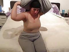 Fatma Bandeau ma obese pussy..