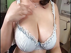 Hot summer hot hot mam