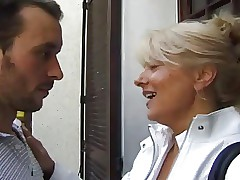 FRENCH PORN 2 anal adult mammy..