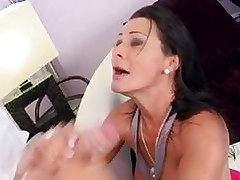 Sandra Romain hot blooper..
