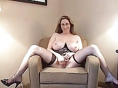 Kitty Lee Fucks Younger Defy