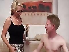 Darf ich Ihren Arsch ficken,..