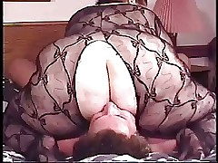 BBW matured fishnet facesitting