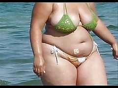 BBW Bikini - Honourable arse -..