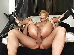 Milf fast anal fucked