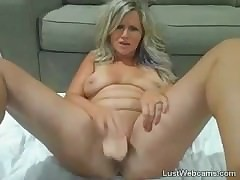 Festival MILF squirts mainly..