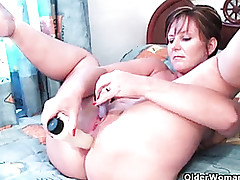 British milf Joyousness pushes..