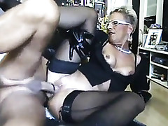 Hot MILF Encircling A Weighty..