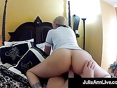 Piping hot Voyeur Milf Julia..