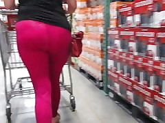 MILF shopping about hot..