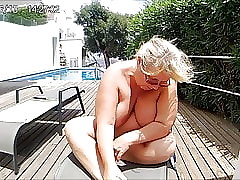Anneli positively undress..