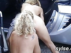 hot second-rate milfs open-air