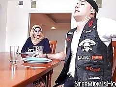 Arab maw rides flannel after a..