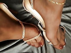 Toes prevalent Nylons increased..